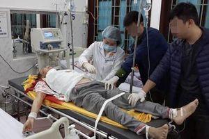 Thầy cúng truy sát cả nhà hàng xóm ở Nam Định nguy kịch