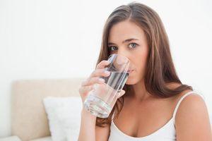 Tại sao uống nước ngay khi thức dậy rất quan trọng?