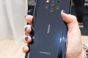 Điểm mặt các smartphone thiết kế 'ĐỘC' mới ra mắt