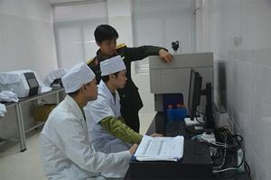 Kết hợp chặt chẽ giữa nghiên cứu khoa học và giảng dạy
