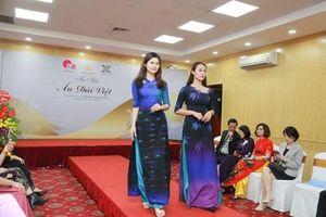 Văn hóa Việt gây ấn tượng trên những tà áo dài ngàn đô