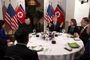 Phóng viên quốc tế kể chuyện 'vật vã' đưa tin Thượng đỉnh Mỹ-Triều