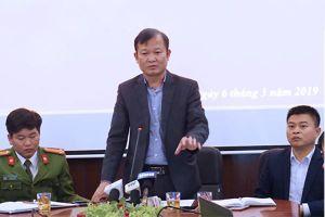 Công an xác định thầy giáo Bắc Giang không dâm ô, chỉ 'dí vai, sờ soạng' nữ sinh