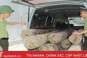 Truy bắt ô tô chở gỗ lậu chạy trốn từ Hà Tĩnh sang Quảng Bình