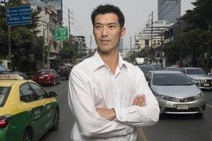 Tỷ phú trẻ sẽ phất cờ trong bầu cử Thái Lan?