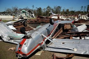 Mỹ: Ít nhất 23 người thiệt mạng, hơn 50 người bị thương do lốc xoáy ở Alabama