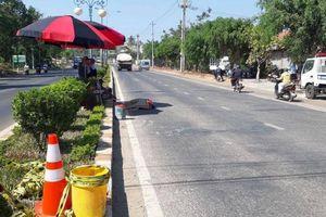 Băng qua đường mua nước uống, người đàn ông bị xe ben cán tử vong