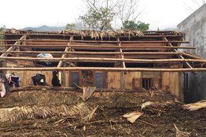 Các tỉnh miền Bắc tiếp tục mưa rét, dông lốc tốc mái nhà khiến 1 người bị thương
