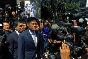 Thái Lan giải thể đảng đề cử công chúa tranh cử thủ tướng