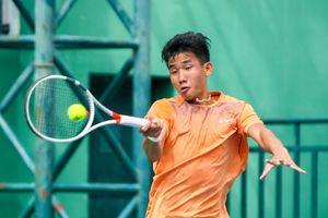 Tài năng trẻ số 1 quần vợt Việt Nam thử tài Daniel Nguyễn