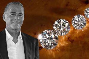 Tỉ phú kim cương mất mạng vì tăng kích cỡ 'cậu nhỏ'