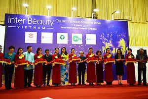 Khai mạc triển lãm quốc tế chuyên ngành làm đẹp