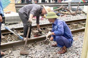 Bất an 207 ngàn thanh ray đường sắt yếu mòn, quá hạn dùng