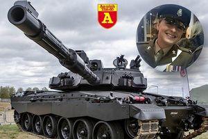 Xuất hiện 'bông hồng xinh đẹp' lái quái vật thép Challenger 2 trong quân đội Anh