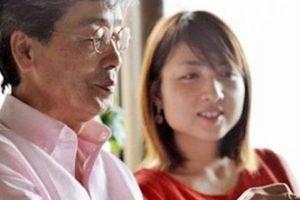 Khổ vì chồng già hơn 23 tuổi liên tục đưa ra yêu cầu khắt khe