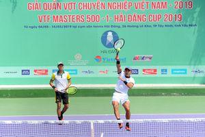'Vua lưới' đối đầu 'máy bắn bóng' tại chung kết giải quần vợt VTF Masters 500