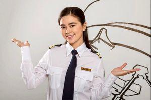 Chuyện tình nữ phi công Việt xinh đẹp và giám đốc khách sạn Pháp