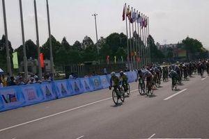Khai mạc giải xe đạp nữ quốc tế Bình Dương lần 9: Thái Lan vươn lên dẫn đầu