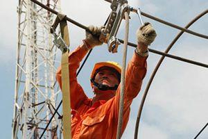 Tăng giá điện: Tăng gánh nặng chi phí lên cả doanh nghiệp và người dân