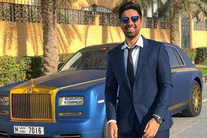 'Richkid' Dubai cầm ba lô đầy tiền đi mua siêu xe