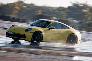 Công nghệ 'lái xe trên đường ướt' của xe Porsche 911 mới có gì đặc biệt?