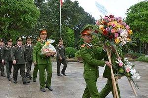 Học viện ANND hành hương về nguồn tại Nghệ An