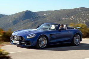 Mercedes ra mắt phiên bản mui xếp của siêu xe AMG GT R