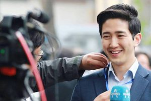 Chàng phóng viên Hàn 'gây bão' ở Hà Nội còn F.A, hứa trở lại Việt Nam
