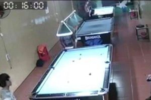 Yên Bái: Truy xét nhóm côn đồ đeo khẩu trang truy sát, chém người đứt lìa tay trong quán Bi-a