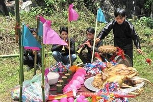 Lào Cai: Lễ hội Roóng Poọc của người Giáy ở xã Tả Van