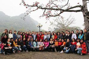 Công đoàn Ban Tổ chức Trung ương thăm Khu di tích cố đô Hoa Lư và danh thắng Tràng An (Ninh Bình)