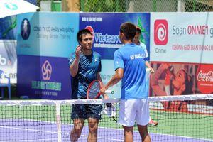 Tay vợt Việt kiều Daniel Nguyễn giành cú đúp vô địch giải VTF Masters 500 -1