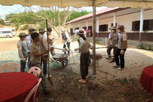 Nỗ lực chinh phục thị trường bảo hiểm Lào và Campuchia