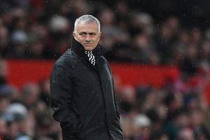 Chưa tới Real, Mourinho sớm bị cầu thủ tẩy chay