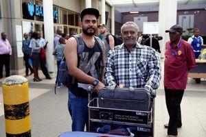 Thoát chết nhờ trễ chuyến bay ở Ethiopia