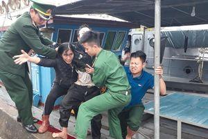 Nổ bình gas trên tàu cá, 6 ngư dân bị thương