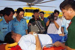 Chuyển nhân viên trực hải đăng Trường Sa bệnh nặng về đất liền cấp cứu