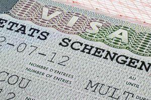 Châu Âu siết chặt visa với công dân Mỹ