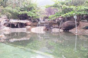 Đà Nẵng cưỡng chế tháo dỡ khu du lịch chặn dòng chảy suối Lương
