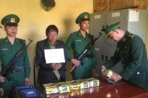 Bắt đối tượng vận chuyển 6kg ma túy đá từ Lào về Việt Nam tiêu thụ
