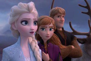 Sau 6 năm ra mắt, Elsa và Anna vẫn chưa phải là công chúa chính thức của Disney!