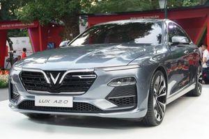 Phụ kiện kèm theo xe VinFast Sedan Lux A 2.0 gồm những gì?