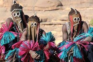 Kinh ngạc bộ tộc 'ngoài hành tinh' có thật trên Trái đất