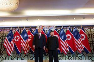 Người kiếm bội tiền từ thượng đỉnh Mỹ - Triều