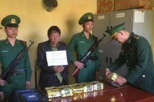 Mua 6kg ma túy đá từ Lao mang về Việt Nam bán kiếm lời