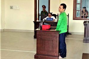Gài dây điện vào rào để chống trộm, người đàn ông lãnh án 7 năm tù