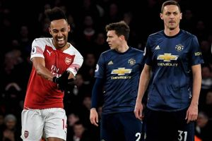 Cuộc đua tốp 4 Premier League: Arsenal dễ thở, Chelsea, MU gặp khó