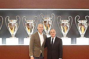 Vì sao HLV Zidane quyết định trở về 'mái nhà xưa'?