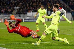 Barcelona – Lyon: Chờ màn trình diễn của Messi!