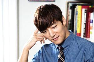 'Cận vệ' Choi Jin Hyuk gặp rắc rối thuở vào nghề: Rút cục nên cười hay khóc đây?